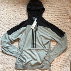 NWT ADIDAS FRONT ZIPPER POCKET HOODIE